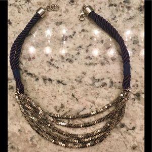 PRICE ⬇️ Banana Republic necklace